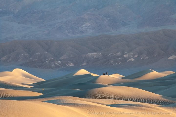 Three_Photographers_on_the_Dunes_at_Sunrise,_4,3.19.jpg